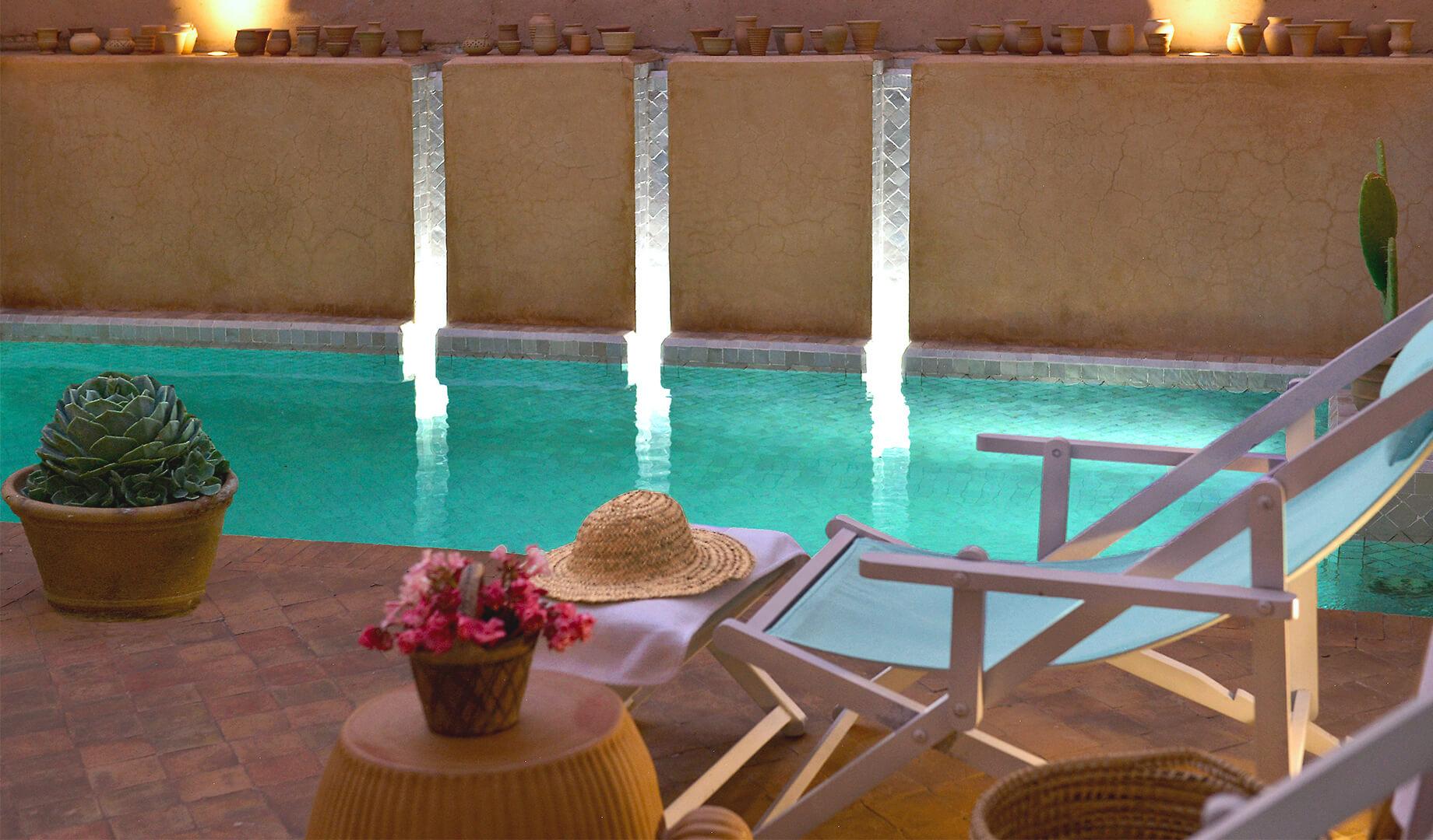 swimming pool of the riad Dar Housnia in Marrakech